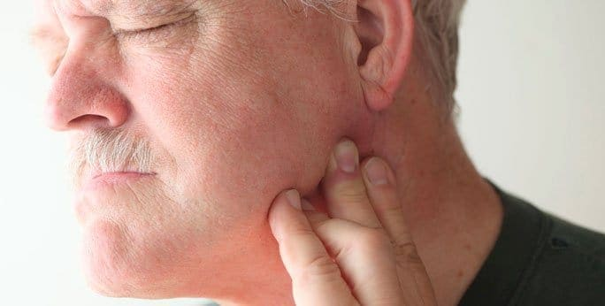 Managing-TMJ-pain-with-physiotherapy