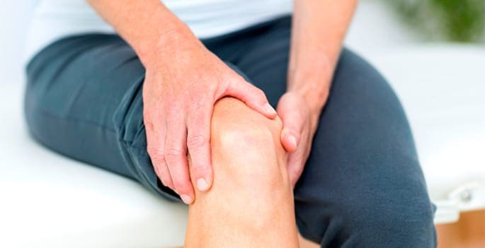 Patients with chronic knee pain Blog  Physical therapy Knee pain
