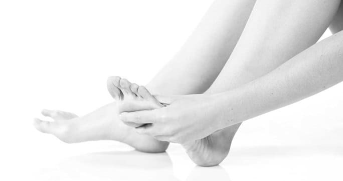 When to Consult a Foot Pain Specialist Blog
